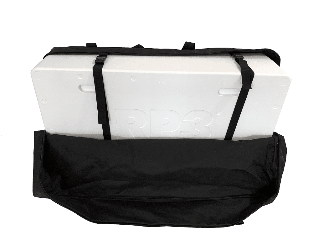 Travel-bag-detail